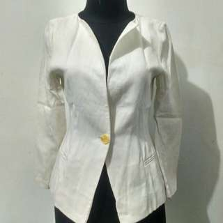 Blazer broken white
