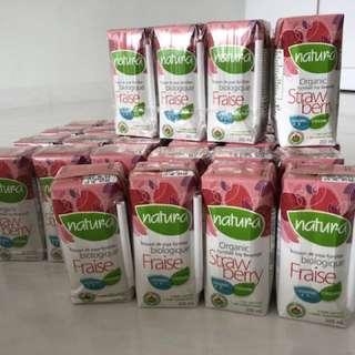 Natura Organic Soy Milk (Strawberry)