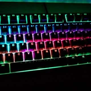 德國名廠鍵盤Ducky RGB TKL二手九成新! 減價中
