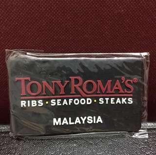 Tony roma's fridge magnets