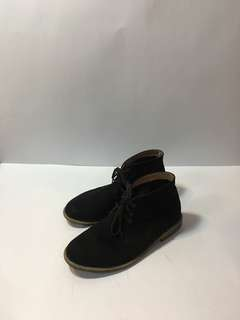 H&M Suede Chukka Boots