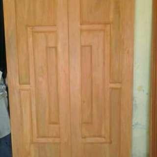 Daun pintu kupu tarung