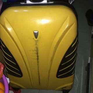 """Mendoza 馬德沙 黃色 27"""" 旅行箱 旅行喼 旅行袋 正版有單 原價$984"""
