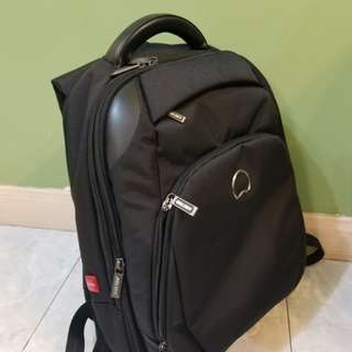九成新 Delsey Backpack