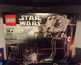 Lego Imperial AT-ST UCS set 10174.