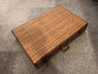 Final Week SALE !!! Wood Briefcase 💼 藤/木手提箱