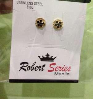 Non tarnish stud earrings black - gold zircon