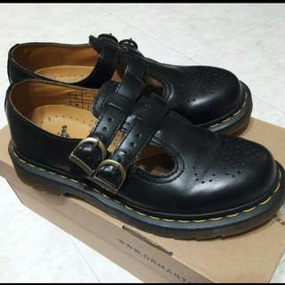 Dr Martens Mary Jane 8065