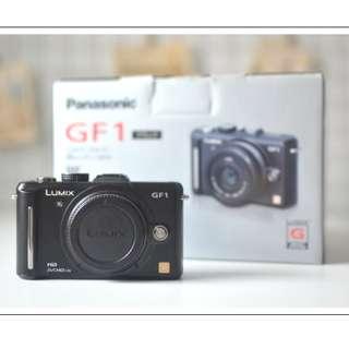 [日本購買、日本帶回]PANASONIC GF1 黑色單機身/日本製。日文介面。盒單齊全。女用機。少用珍藏品。