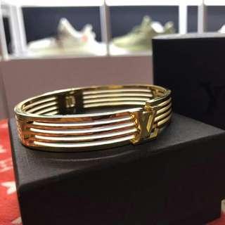 🆕 Branded Cliq Claq Bracelet (unisex)