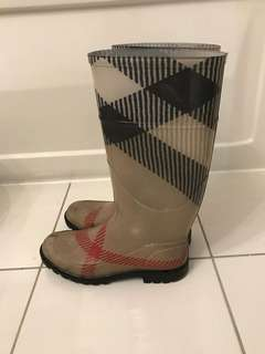 Burberry Rain Boots - Size 7 (37)