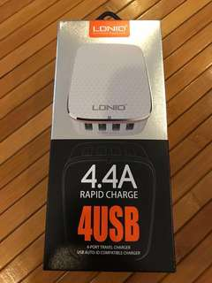 BNIB LDNIO 4 Port USB Travel Charger