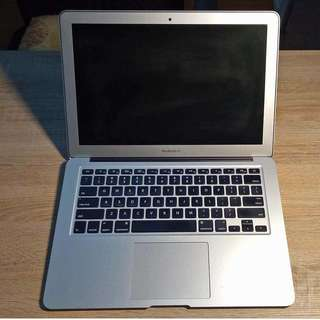 Apple MacBook Air (13-in, Early 2014, Silver) 128GB - EXCELLENT CONDITION