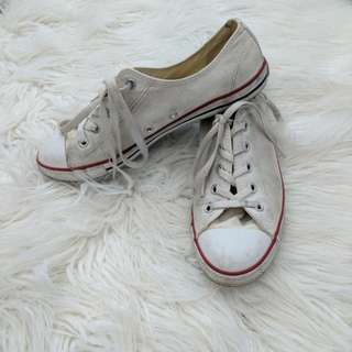 Classice White Converse