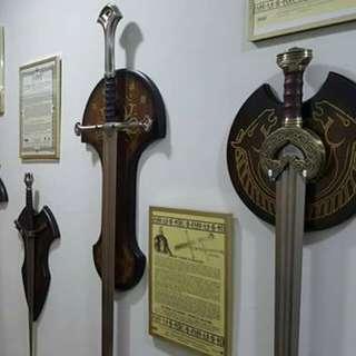 LOTR UC swords