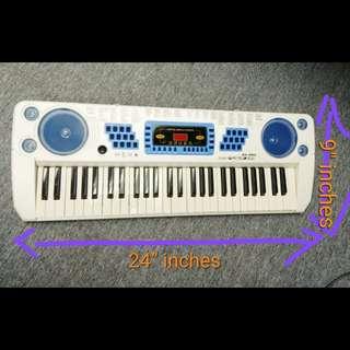 電子琴 $150