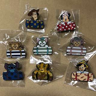 香港 迪士尼 徽章 Disney Pin Game PIn 毛氊 Fullset