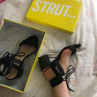 sportsgirl mid block heels