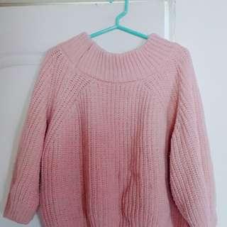 一字領粉色毛衣🌟