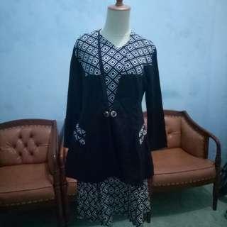 Busana Kerja Wanita (Dress+Blazer)