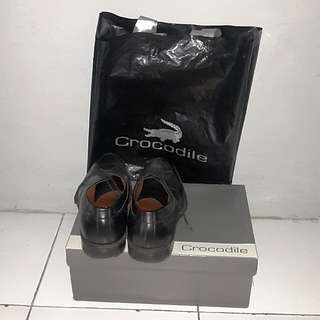 Sepatu formal Crocodile size 41