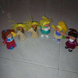 Dolls figurines
