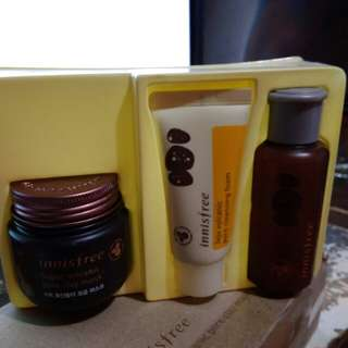 Innisfree super volcanic clay mask set