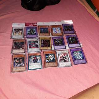 Yugioh playing cards mint condition 10 pcs × 975 packs