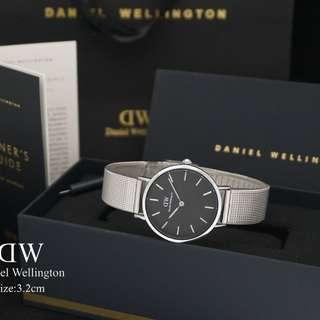 Daniel wellington petite sand silver
