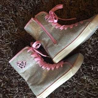 Girls Mettalic Sneakers