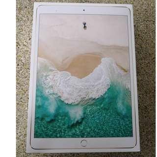 BNIB iPad Pro 10.5 WiFi only 256GB Gold