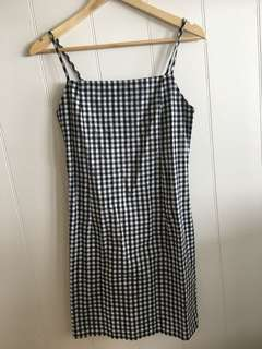 Gingham dress size M