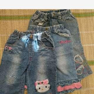 童牛仔褲三件50元免運 一件100cm,二件110cm穿 圖四的有小汙