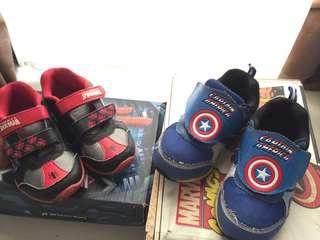 PRELOVED Sepatu anak spiderman dan captain america