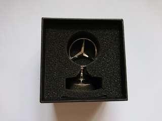 Mercedes Benz 平治汽車公司日本總部貴賓紀念品金屬紙鎮擺設擺件