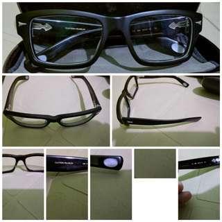 Clayton Franklin eyewear frame