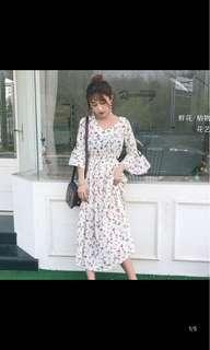 [P.O] Ulzzang Floral V Neck Dress