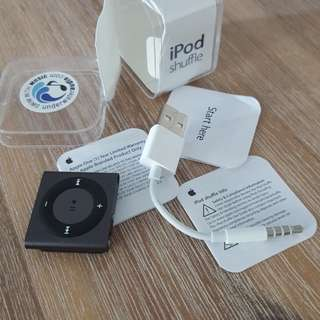 APPLE iPod shuffle 2gb underwater audio 98%NEW
