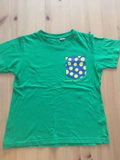 Uniqlo Green tee