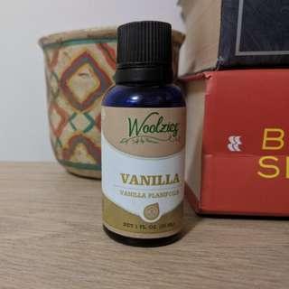 Natural Vanilla Essential Oil