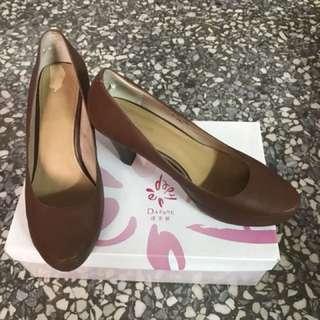🚚 包鞋(尺寸24)