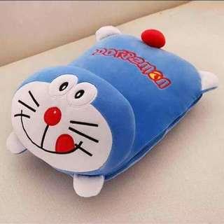 卡通枕头被一个价钱两种作用~ 卡通枕头被多用途~出门在车上可用到就不会冷了。 面料~法兰绒 被子:160cm*110cm