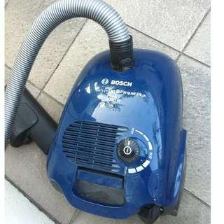 Bosch BSD3023 Pro Parquet Plus Hepa 2000W vacuum cleaner.  Original price  $249.