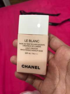 BN le Blanc Chanel make up base