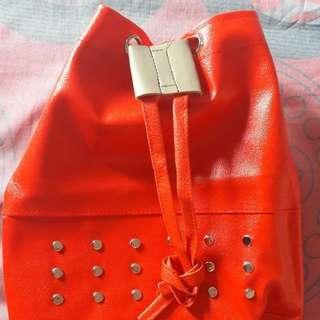 Preloved Tas Merah Serut Kulit (Bs Ransel Bs Slingbag)
