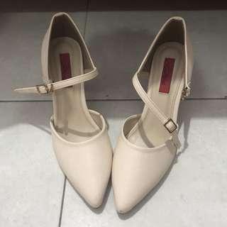 high heels Cardinal (cream)