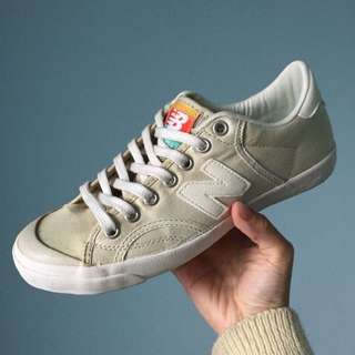 🚚 New balance 杏色帆布鞋 24.5cm只穿過一次💁🏽♀️