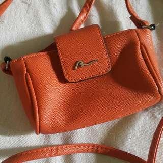 Boardwalk small sling bag