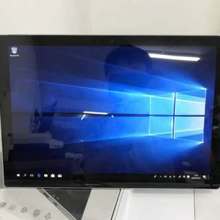 99%New Microsoft Surface Pro 5 Core i5 8GB 256GB, Warranty date 15-3-2019