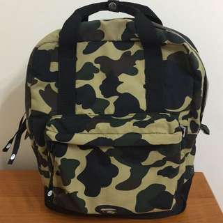 A Bathing Ape 迷彩背包 backpack (購自日本)